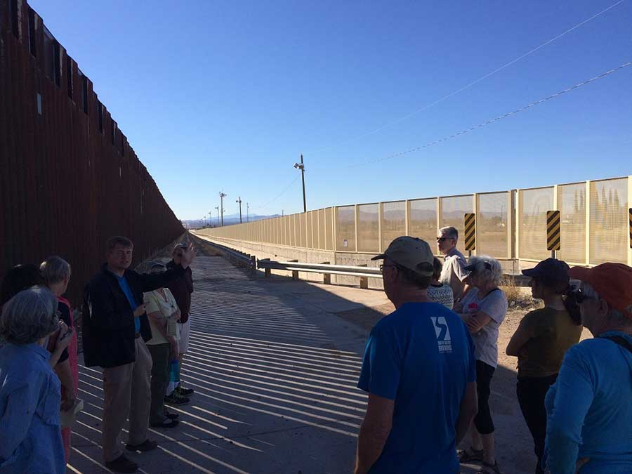 Douglas-AZ-Mexico-Border-Wall_sm