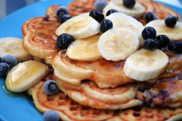 Banana-Waffles-With-Blueberries